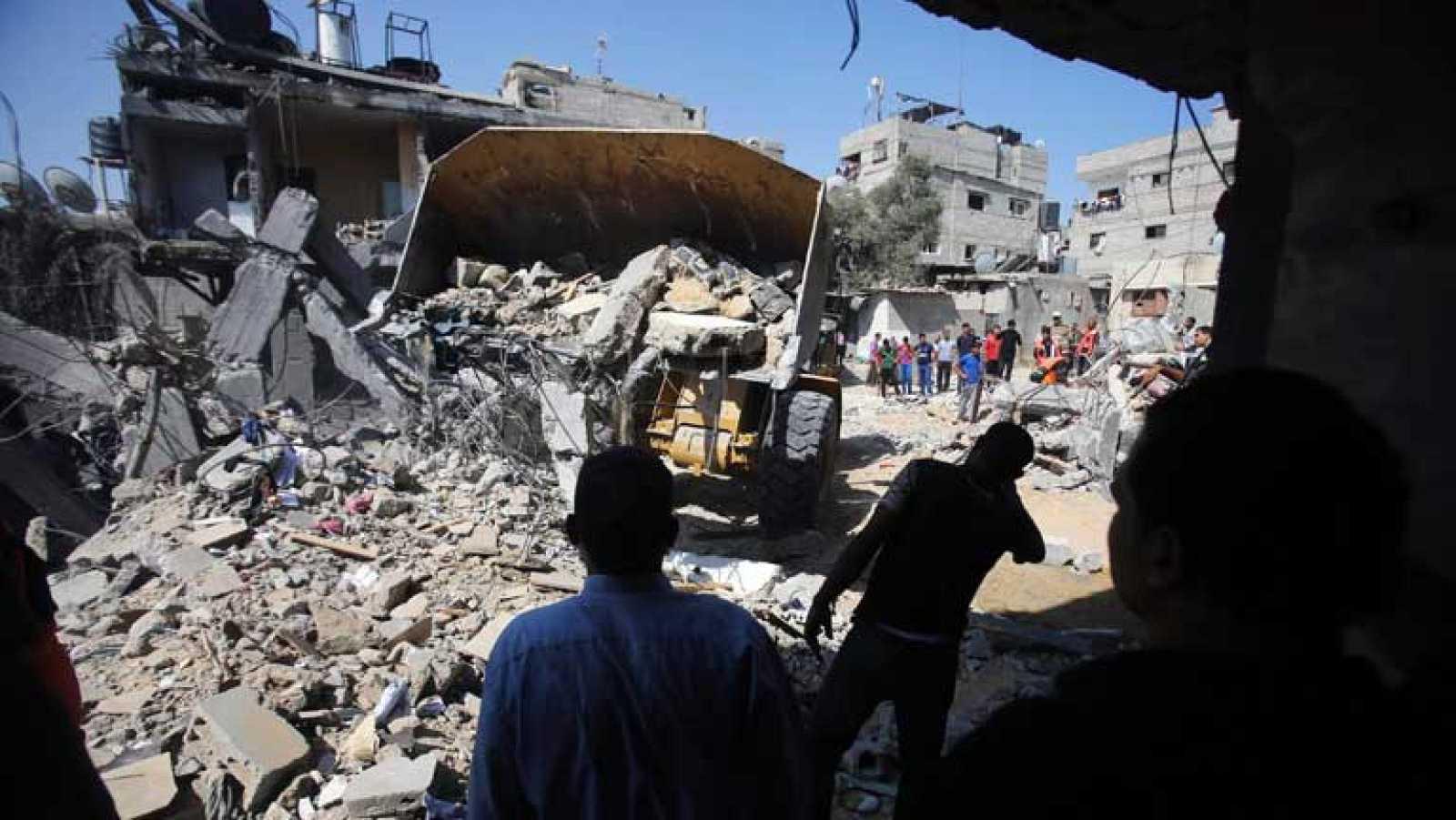 El ejército israelí lanza más de 300 ataques sobre la franja de Gaza