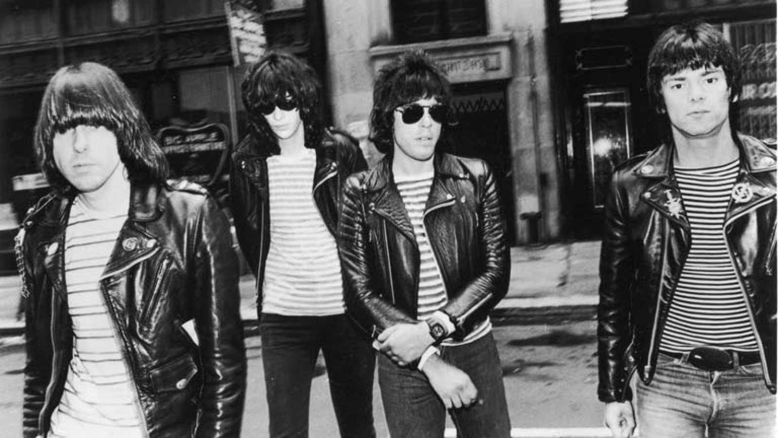 """""""Sheena is a punk rocker"""", de los Ramones (Popgrama)"""
