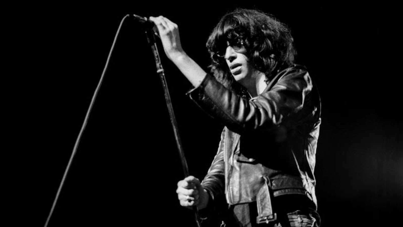 Primera actuación de Ramones en España (Musical Express)