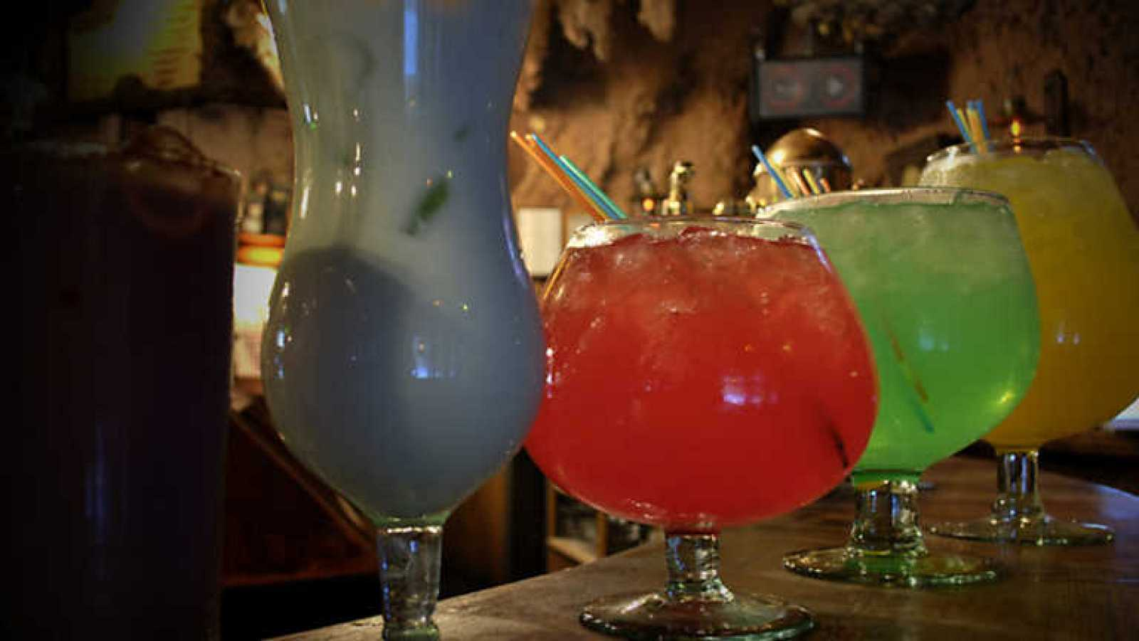 Vivan los bares - Chapandaz - Ver ahora