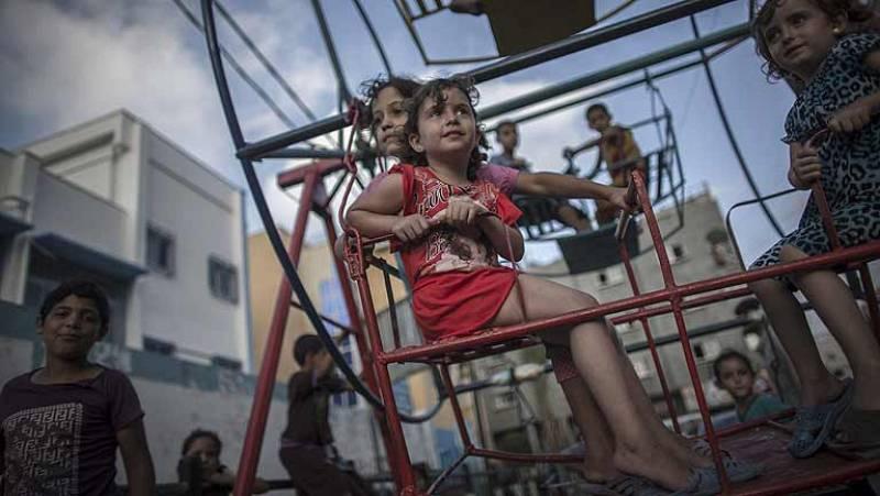 Gaza espera a oscuras un alto el fuego tras una jornada sangrienta
