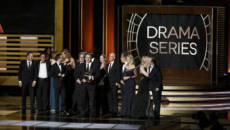 'Breaking Bad' arrasa en los premios Emmy 2014