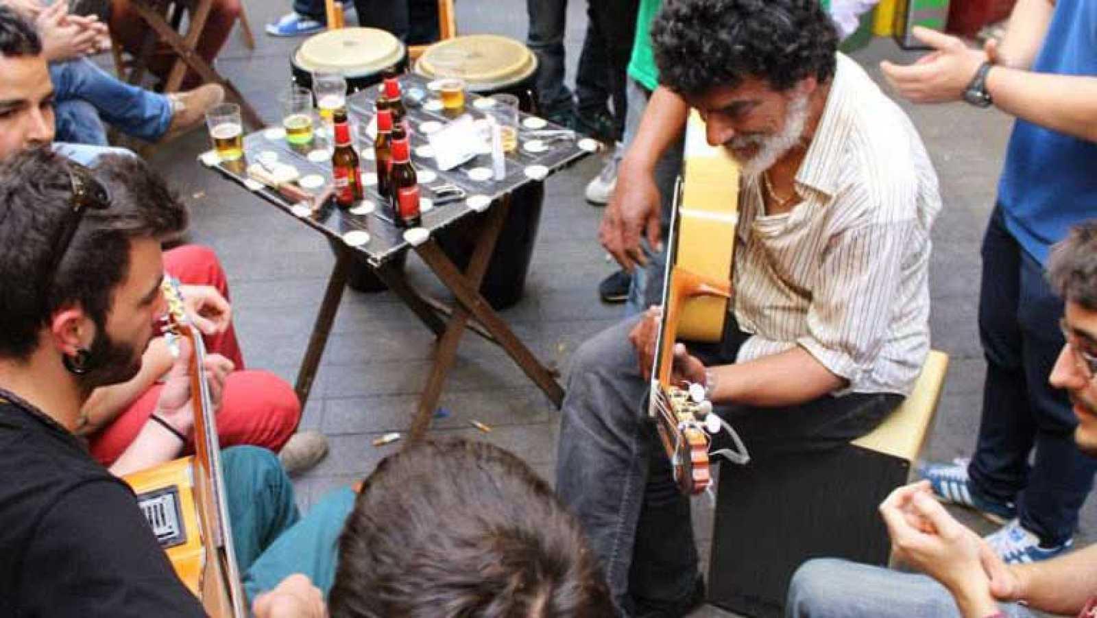 Vivan los bares - El chiringuito. Sevilla - ver ahora