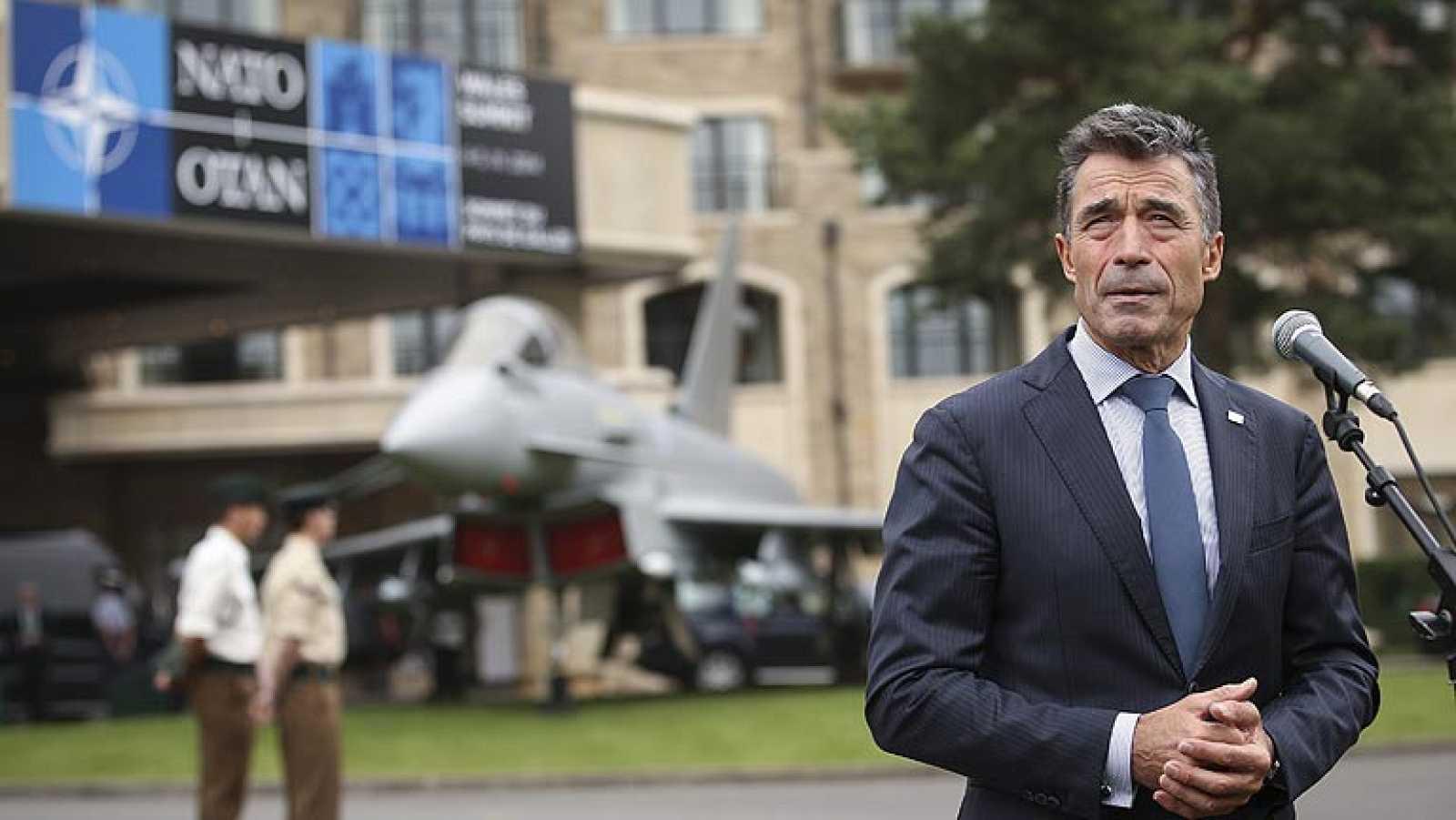 """Rasmussen en la cumbre de la OTAN: """"Rusia está atacando Ucrania"""""""