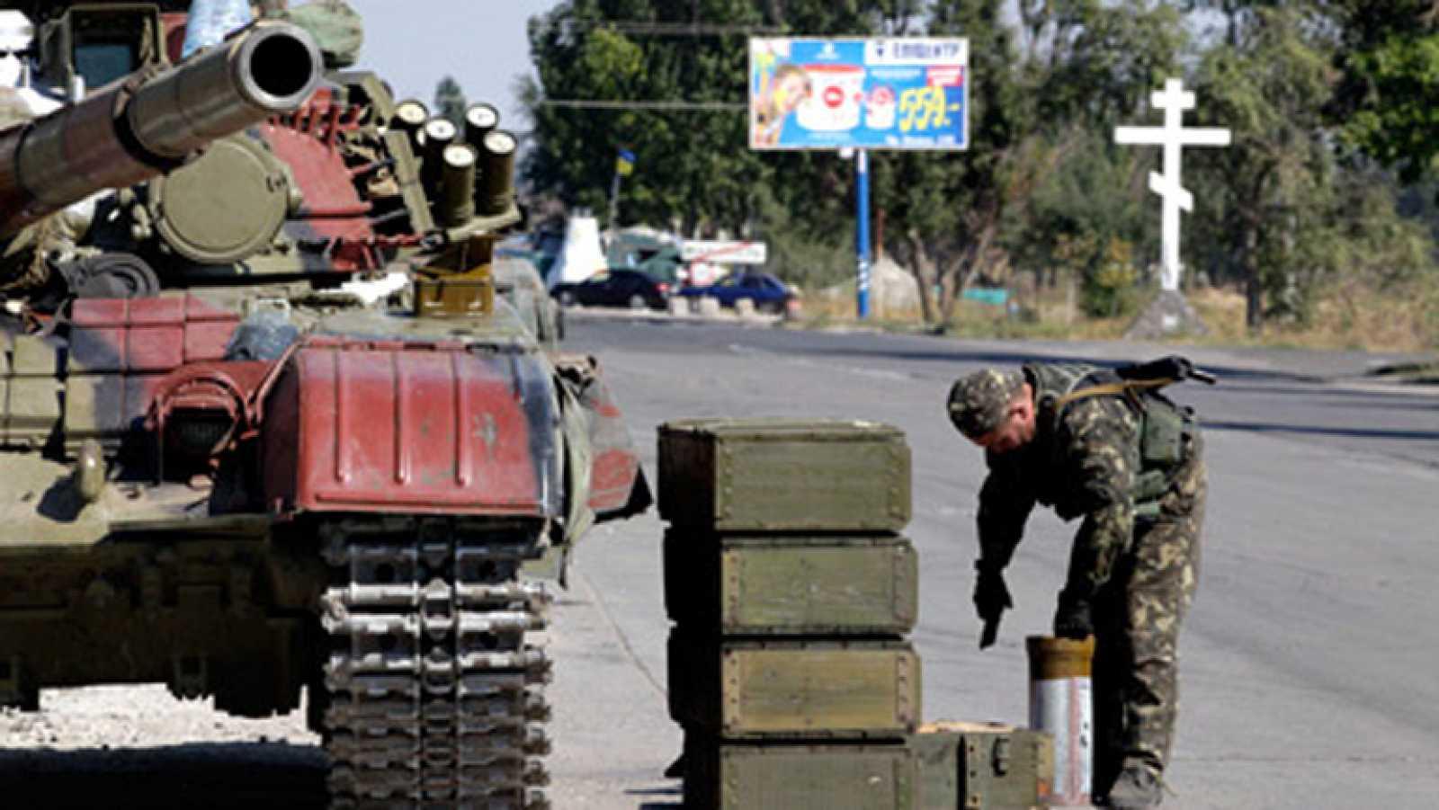 Combates antes de la entrada en vigor del alto el fuego en el este de Ucrania