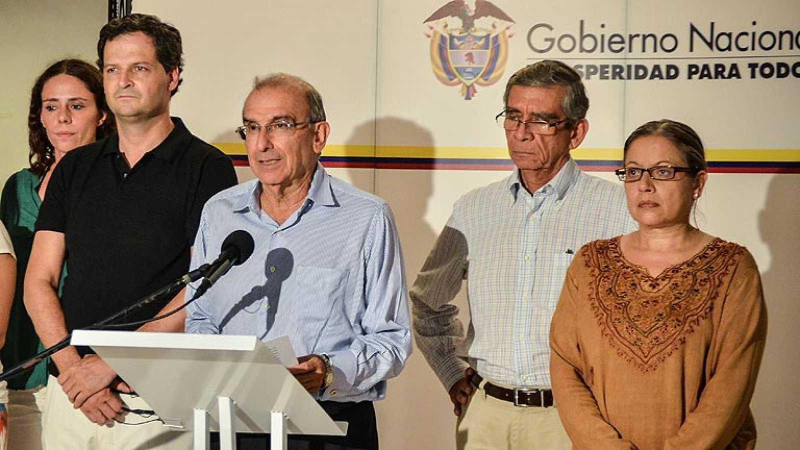 El Gobierno de Colombia y las FARC difunden los documentos de las conversaciones de paz