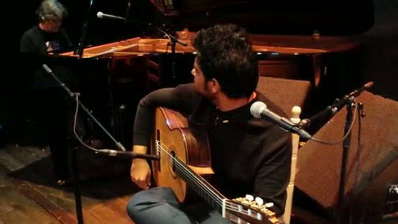 """Las mañanas de RNE -  Chano Domínguez y Niño Josele interpretan en directo """"Django"""" - Escuchar ahora"""