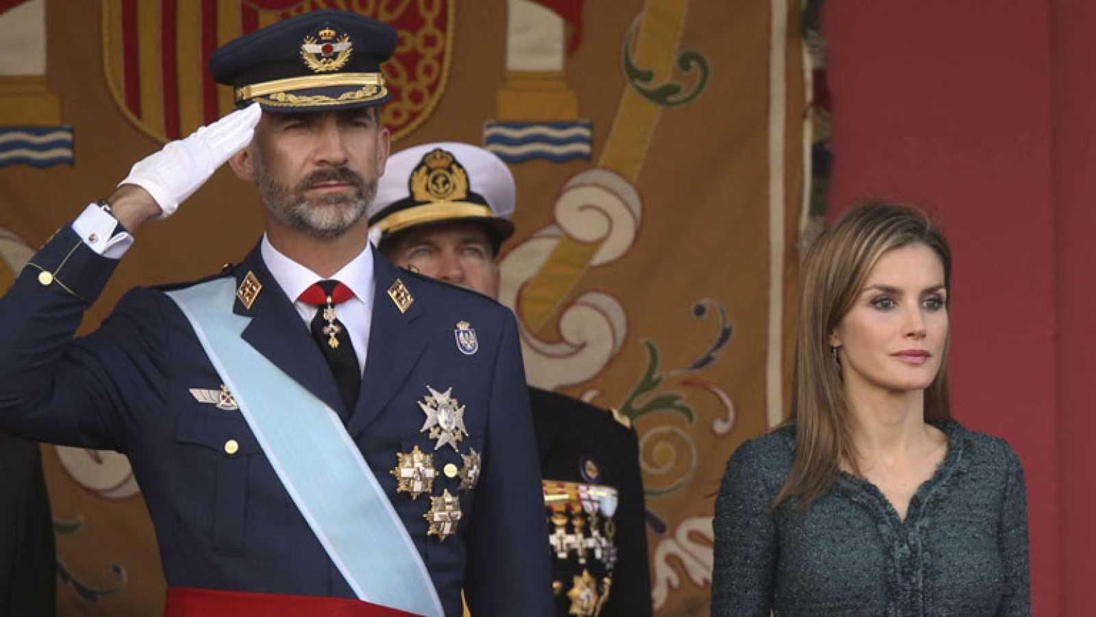Felipe VI preside su primer desfile de la Fiesta Nacional como rey