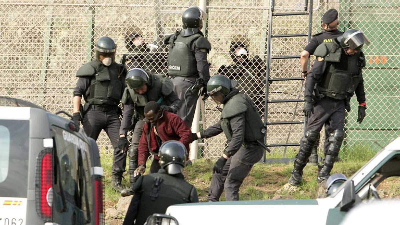 """El PP modifica la ley para poder devolver """"en caliente"""" a los inmigrantes irregulares"""