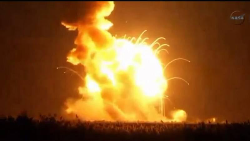 Explota un cohete con carga para la Estación Espacial Internacional
