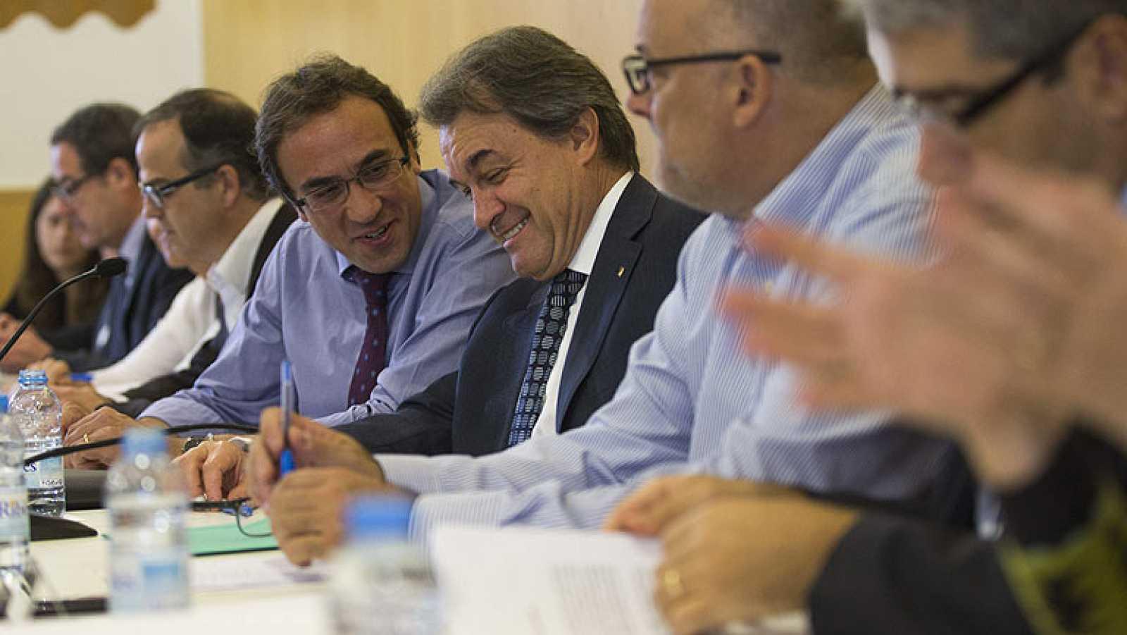 El Govern catalán acude al Constitucional para pedir que no se suspenda la consulta del 9N