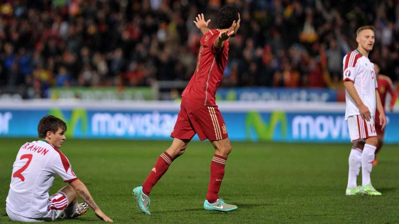 El centrocampista catalán Sergio Busquets ha marcado el 2-0 ante Bielorrusia en el minuto 19 de juego, con un disparo desde fuera del área que ha tocado un defensa bielorruso antes de meterse en la portería.