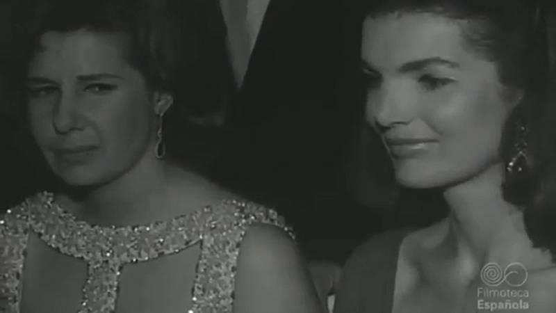 La duquesa de Alba, con Jackie Kennedy y Grace de Mónaco (1966)