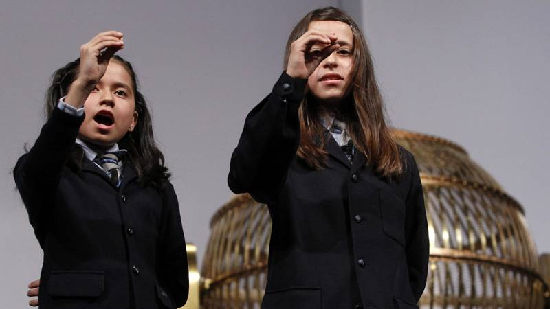 Los niños de San Ildefonso se preparan para cantar la Lotería de Navidad