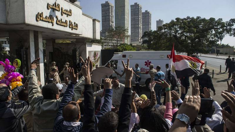 La justicia egipcia da una segunda oportunidad a Hosni Mubarak