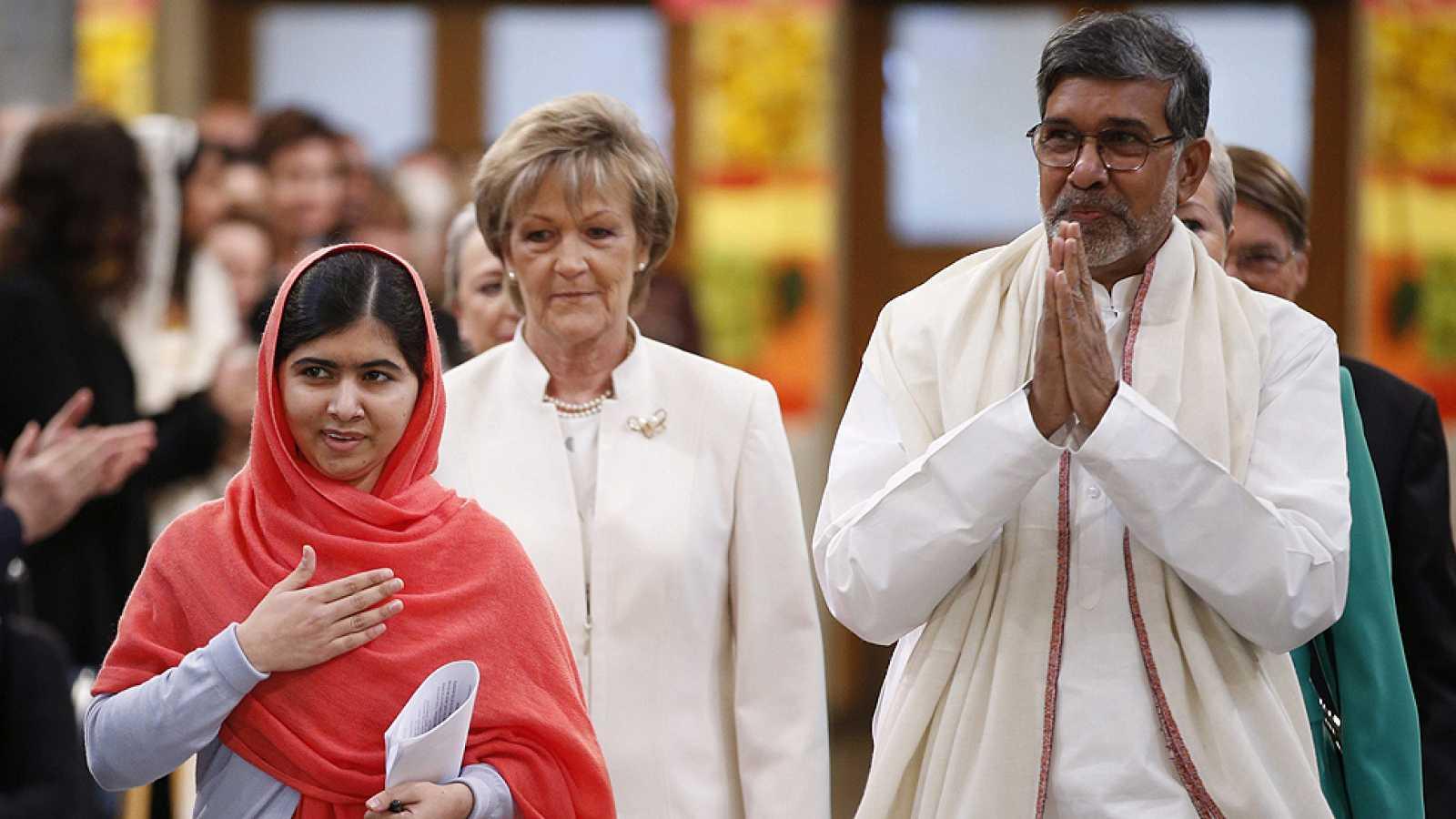 Satyarthi y la joven Malala reciben el Nobel de la Paz