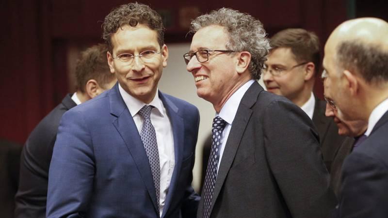 El Eurogrupo acuerda con Grecia una prórroga de cuatro meses del programa de rescate
