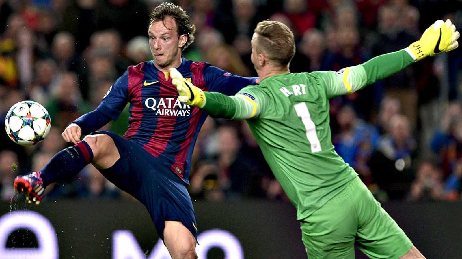El FC Barcelona ya es equipo de cuartos de final de la Liga de  Campeones al superar este miércoles al Manchester City (1-0) en el  Camp Nou y con el ya bueno 1-2 de la ida, en una noche en la que  brilló Messi sobre todo en la primera parte e hizo m