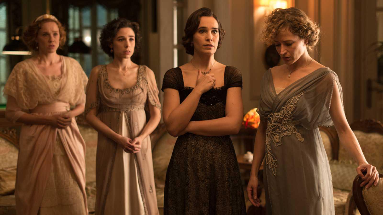 Seis Hermanas - Un terrible acontemiento cambiará la vida de las 'Seis Hermanas'