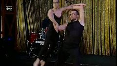 Gala Instituto RVTE 2015. Actuación dúo acrodance