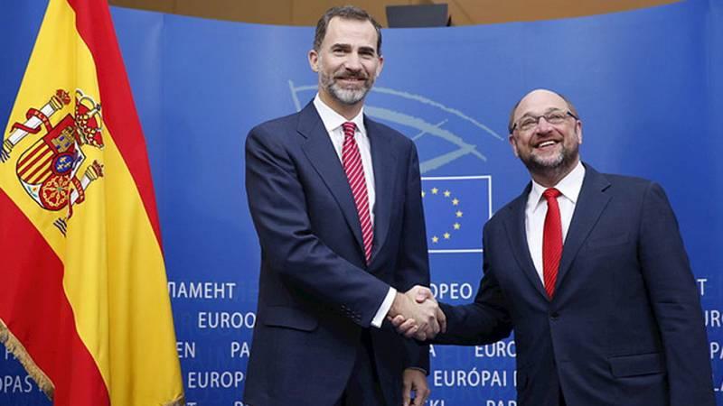 Don Felipe visita las instituciones europeas y se reúne con Martin Schulz
