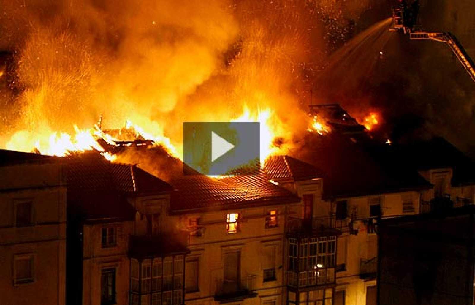 Se ha declarado un incendio en el mismo edificio que ha sufrido una explosión de gas.
