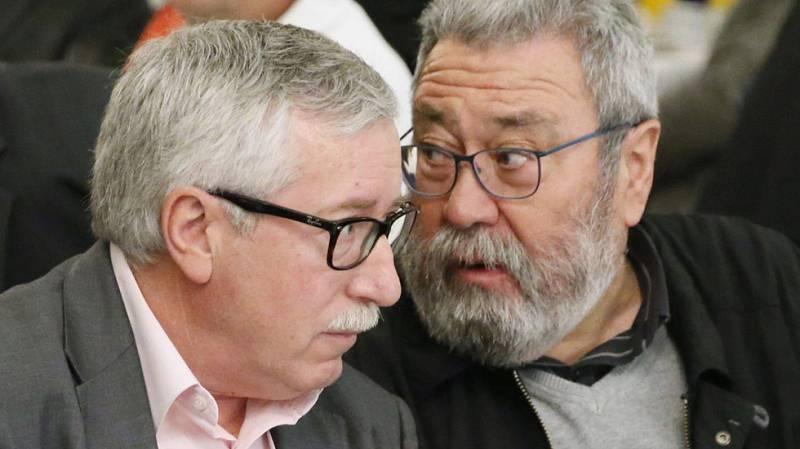 Toxo y Méndez creen que la economía española se encoge