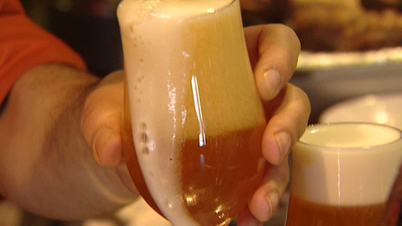 Una iniciativa propone que las bebidas alcohólicas especifíquen el contenido calórico en su etiquetado