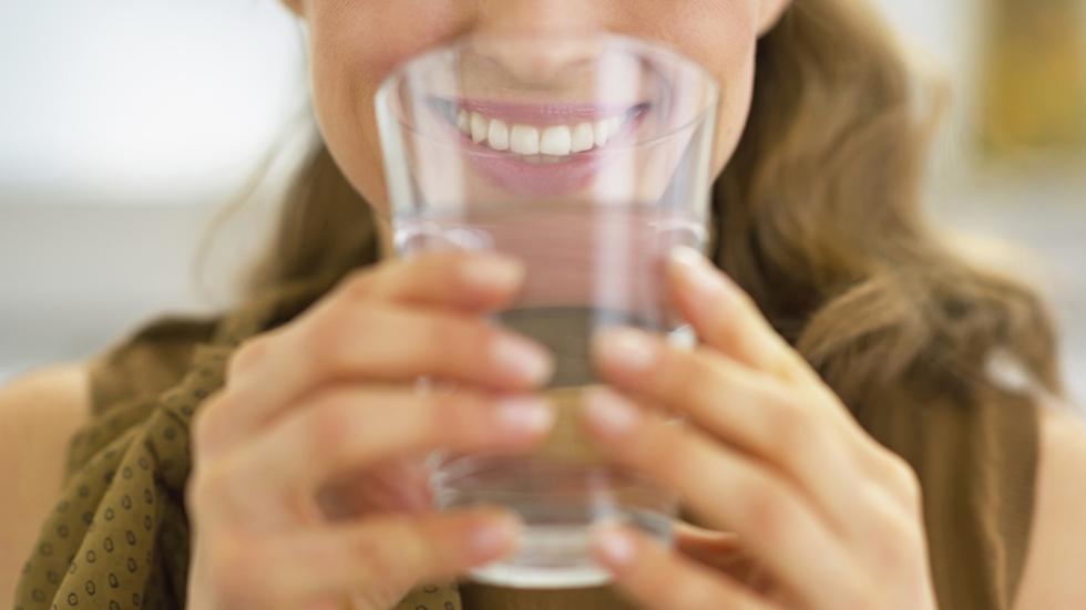 Beber mucha agua adelgazar o engordas