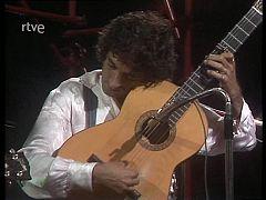 """Cachitos de hierro y cromo - Lole y Manuel con Smash cantan """"Tiny Peter"""""""