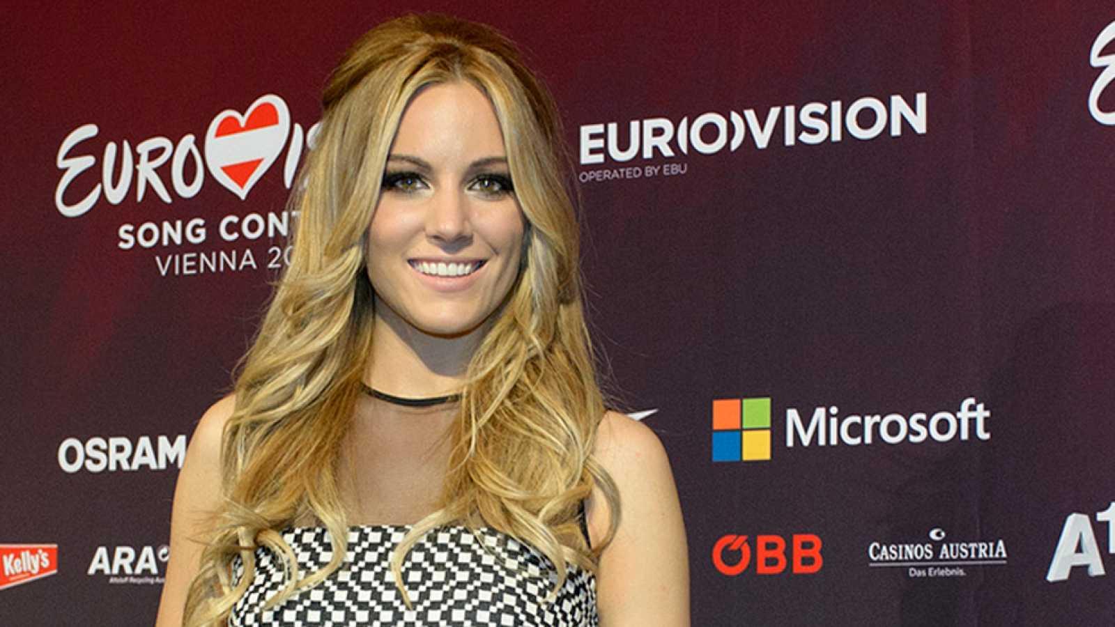 Eurovisión 2015 - Edurne nos habla de su cambio de vestido en el segundo ensayo