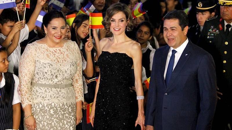 Primer viaje en solitario de la Reina a Centroamérica para conocer los trabajos de la agencia española de cooperación