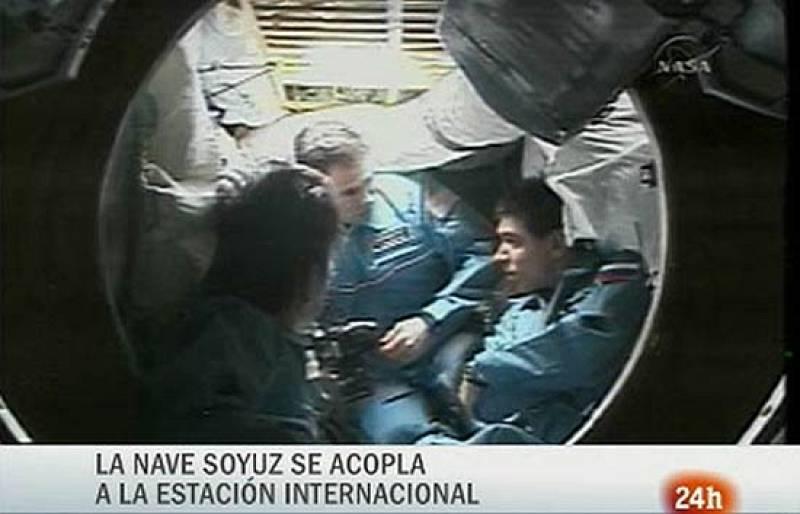 Éxito en la misión de acoplamiento de la Soyuz a la Estación Espacial Internacional.