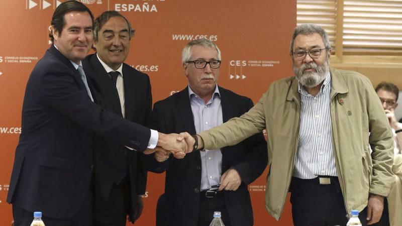 Sindicatos y patronales firman el acuerdo de negociación colectiva para el período 2015-2017