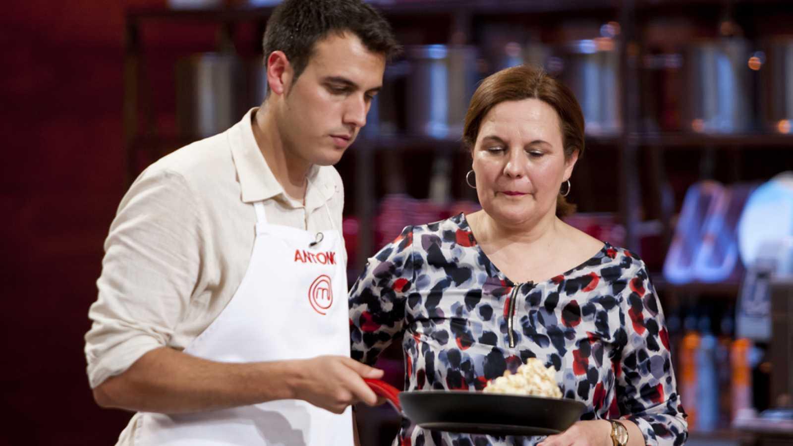 MasterChef 3 - El desastre de Antonio y su madre Carmen