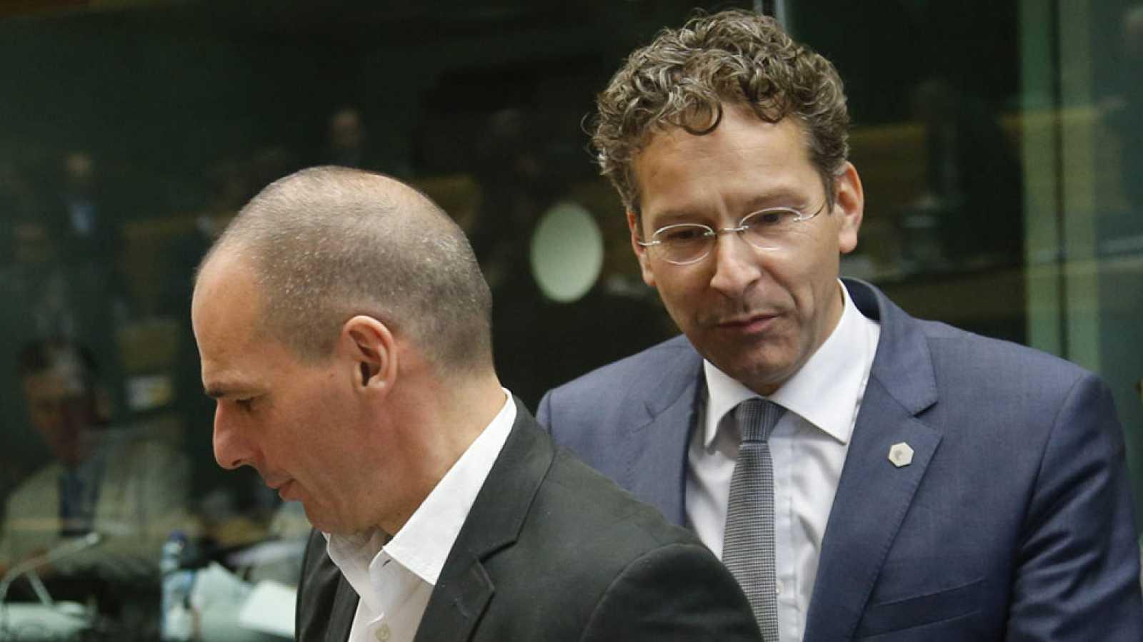 El Eurogrupo concluye de nuevo sin acuerdo con Grecia y volverá a intentarlo el sábado