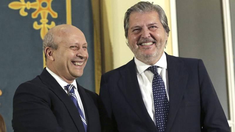 Wert entrega la cartera de Educación a Íñigo Méndez de Vigo