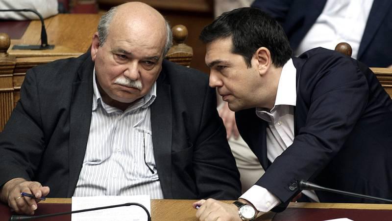 El parlamento griego vota la convocatoria del referéndum sobre el rescate