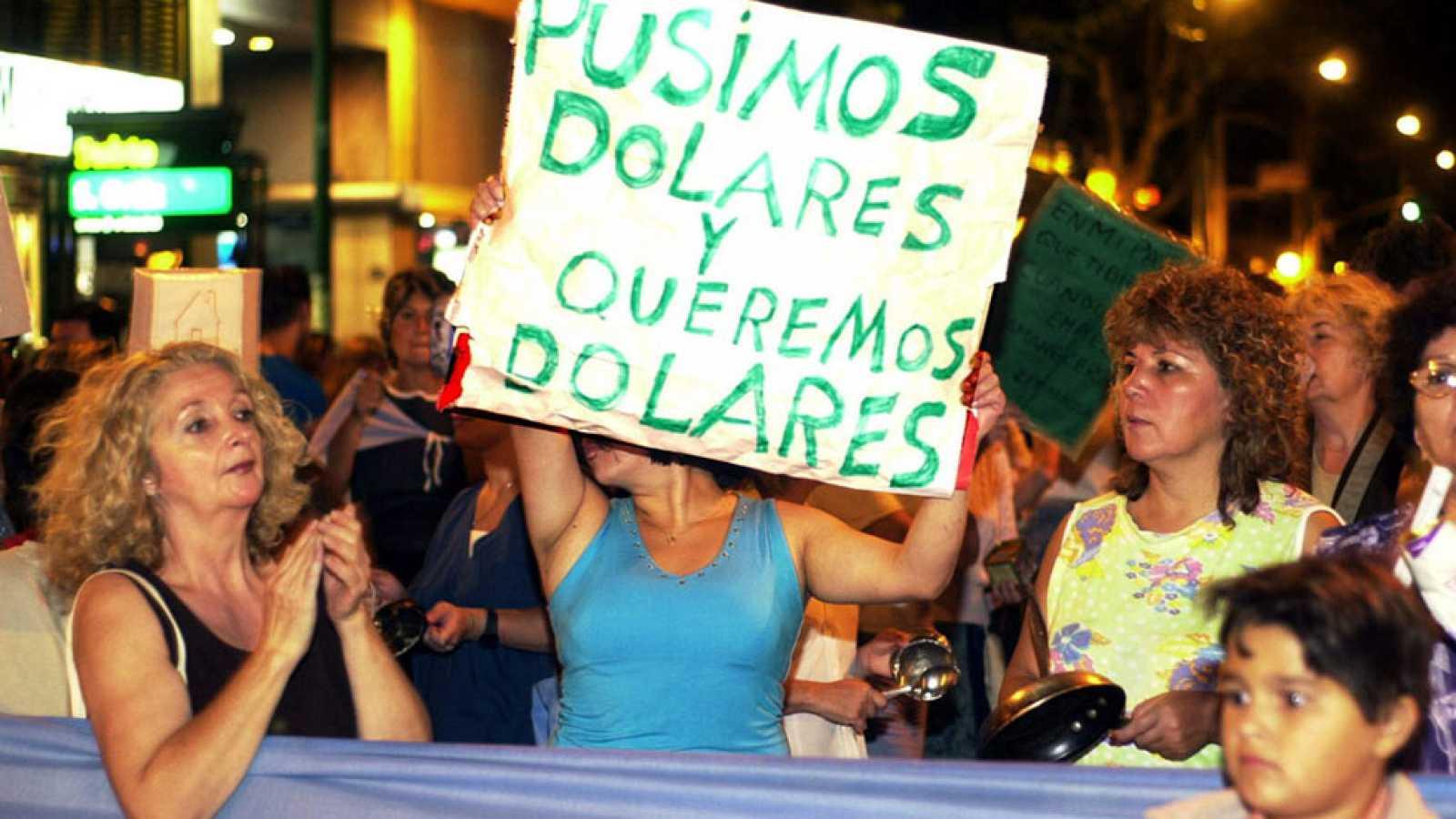 El 'corralito' se utilizó por primera vez en Argentina en diciembre de 2001