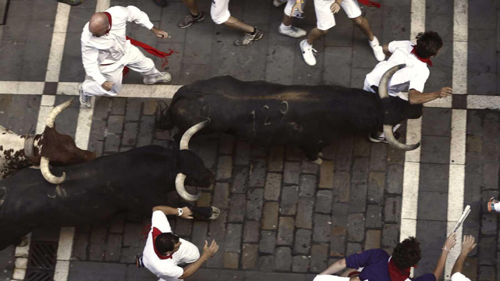 Tercer encierro de San Fermín 2015 con toros de Victoriano del Río