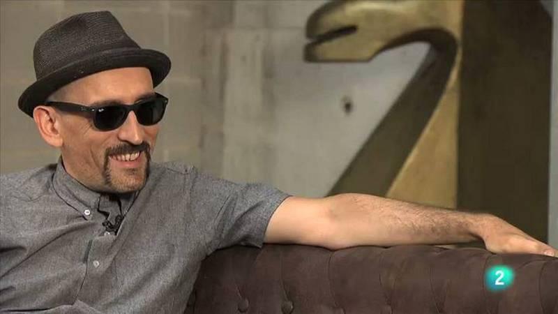 2 Many Clips  - Entrevista amb Lalo López, baixista de la Fundación Tony Manero