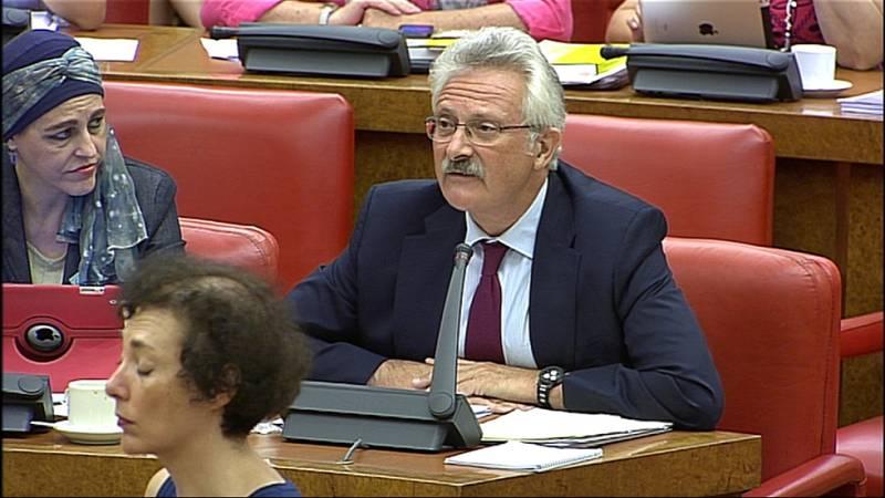 La oposición no cree la versión de Fernández Díaz sobre su encuentro con Rato y pide su dimisión