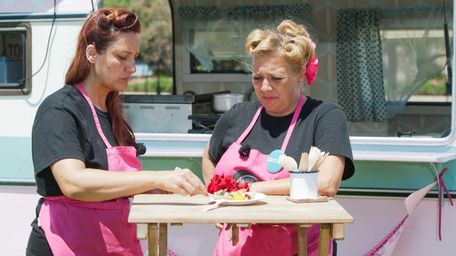 Cocineros al Volante - Xaro y Cristina, incapaces de cocinar sin discutir