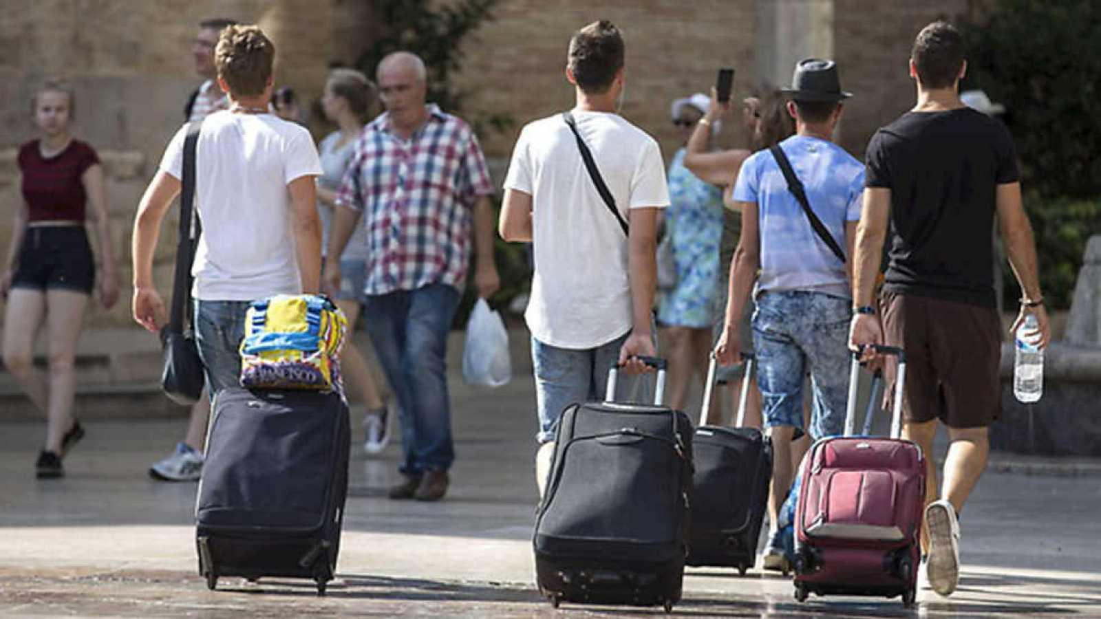 Informe Semanal - Turismo colaborativo - ver ahora