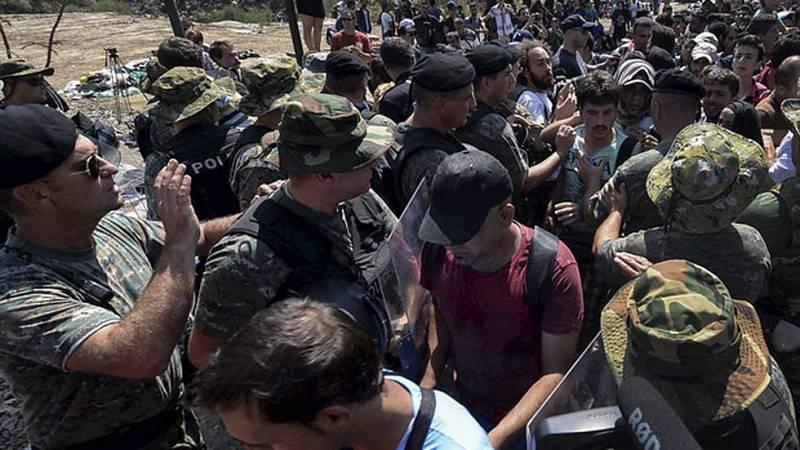 La Comisión Europea no ve necesaria una reunión en torno a la llegada masiva de refugiados y migrantes en Macedonia