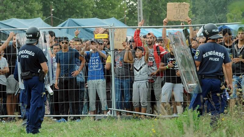 ACNUR pide a la UE que acoja 200.000 refugiados, conscientes de que el éxodo no cesará en otoño