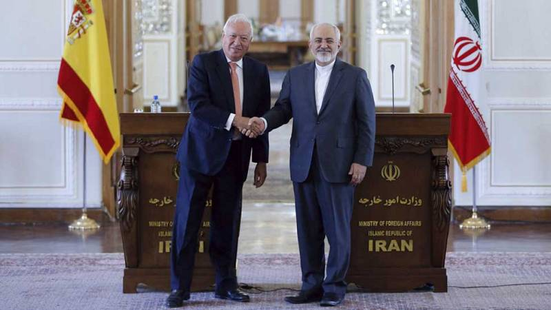 Los ministros españoles de Exteriores, Fomento e Industria visitan Teherán