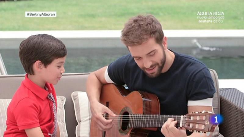 """En la tuya o en la mía - Pablo Alborán canta """"Solamente tú"""""""