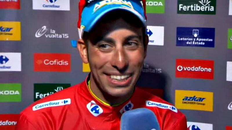 El italiano ha festejado su triunfo en la Vuelta y no ha querido desvelar si el año próximo estará en el Tour o en el Giro.