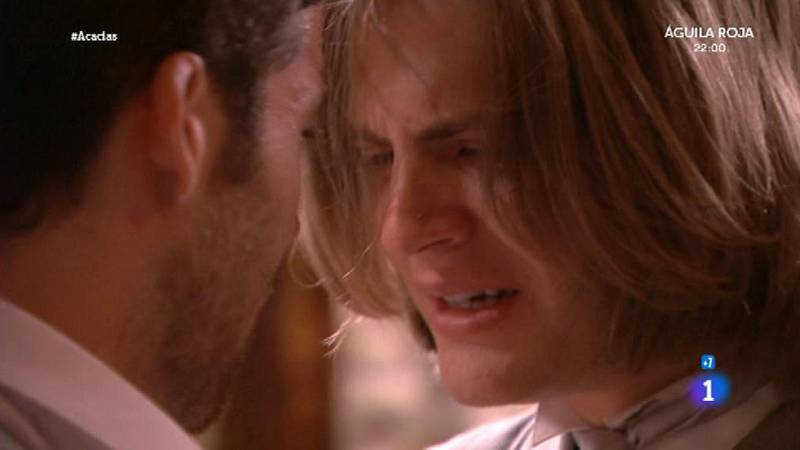 Acacias 38 - Claudio le declara a Marco su amor